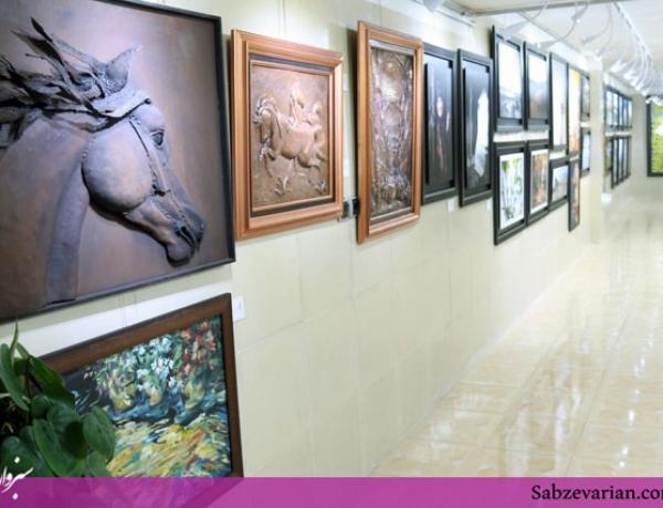 گزارش تصویری: نمایشگاه های آثار هنری سپنج و سوسن نوباغی